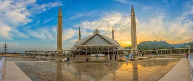 Sustainable Mosque unique eco friendly mosque of the world with go green architecture design vdiscovery arvinovoyage