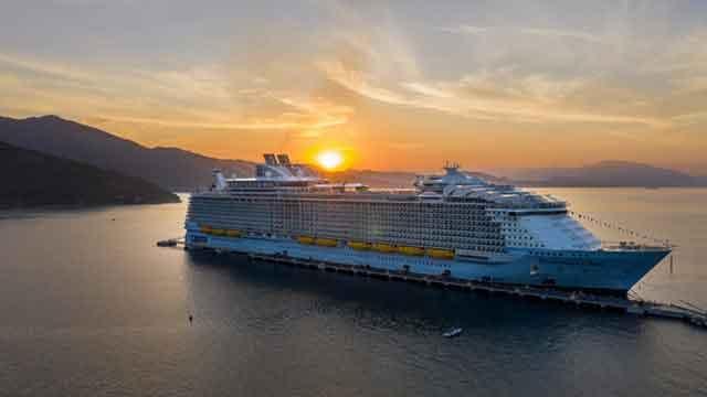 Symphony of the Seas worlds biggest cruise ships  most amazing ships vdiscovery arvinovoyage