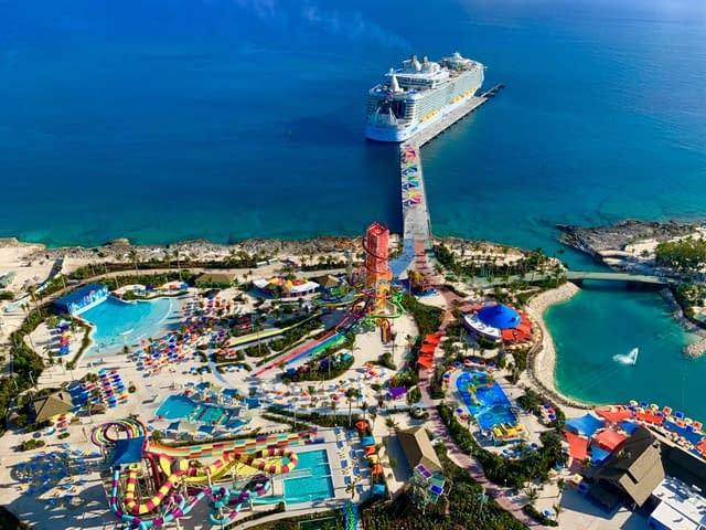 CocoCay Bahamas worlds biggest cruise ships  most amazing ships vdiscovery arvinovoyage