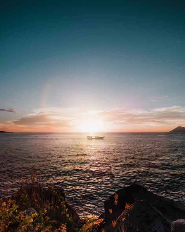 Bunaken National Marine Park the 10 most popular sailing destinations in the world adventures travel vdiscovery arvinovoyage