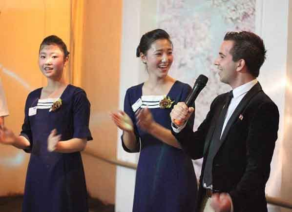 Karaoke in North Korea north korea tourism guided tour beautiful places to visit inside pyongyang vdiscovery arvinovoyage