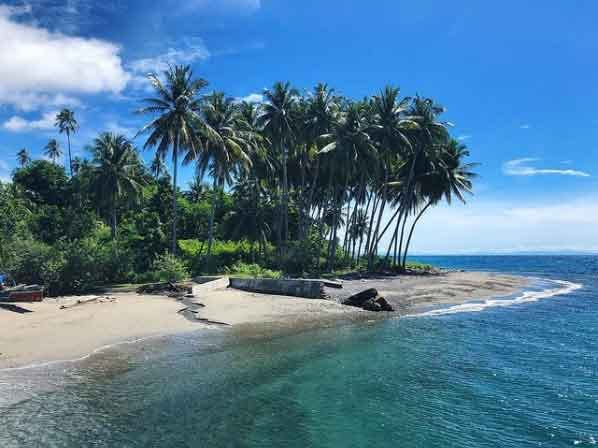 Togean-island-Central-Sulawesi-snorkeling-for-beginners-in-indonesia-top-31-destinations-that-will-blow-you-away-vdiscovery-arvinovoyage