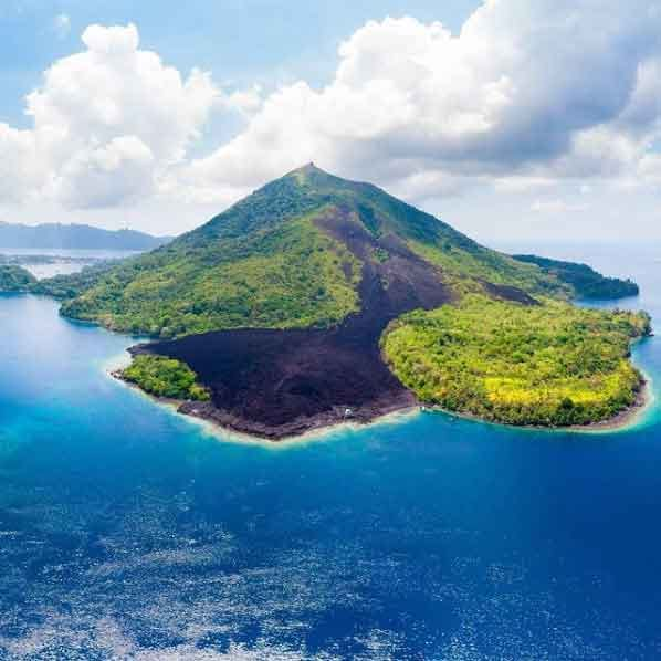 Banda-Islands-Maluku-snorkeling-for-beginners-in-indonesia-top-31-destinations-that-will-blow-you-away-vdiscovery-arvinovoyage