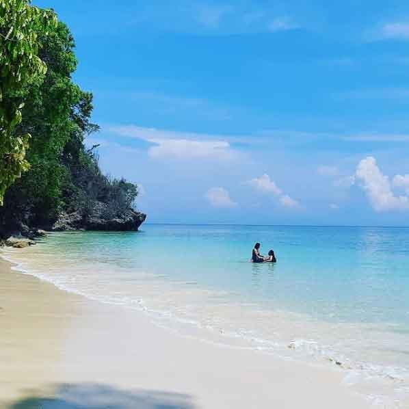 Blue-Bay-East-Java-snorkeling-for-beginners-in-indonesia-top-31-destinations-that-will-blow-you-away-vdiscovery-arvinovoyage
