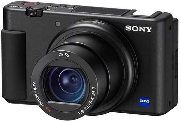 Content Creators and Vloggers Sony ZV-1 review with pros and cons best compact camera for travel vlogging vdcovery arvinovoyage