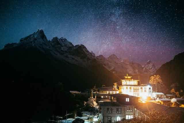 Kashmir Gulmarg or Leh Ladakh interesting travel plans after coronavirus restrictions crisis ended vdiscovery arvinovoyage