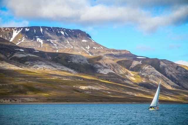 Sailing to Svalbard the 10 most popular sailing destinations in the world adventures travel vdiscovery arvinovoyage