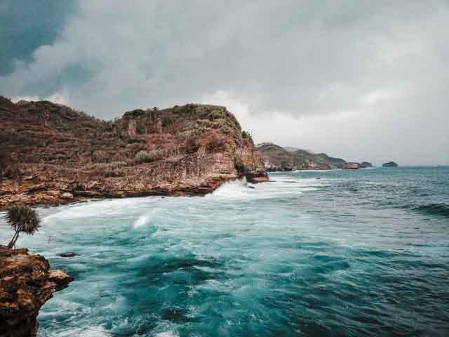 Gunung-Kidul-Regency-Special-Region-of-Yogyakarta-snorkeling-for-beginners-in-indonesia-top-31-destinations-that-will-blow-you-away-vdiscovery-arvinovoyage