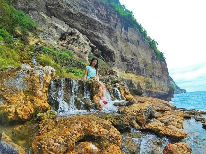 Seganing Waterfall 10 awesome things to do on nusa penida island  interesting destination vdiscovery arvinovoyage