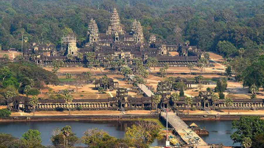 Angkor Wat  photos the quiet emptiness of a world under coronavirus vdiscovery arvinovoyage