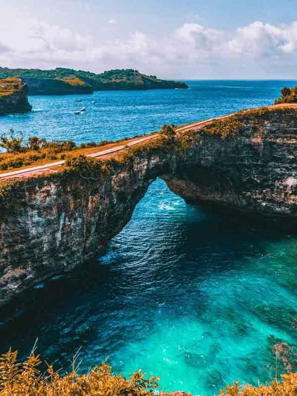 Broken Beach Pasih Uug10 awesome things to do on nusa penida island  interesting destination vdiscovery arvinovoyage