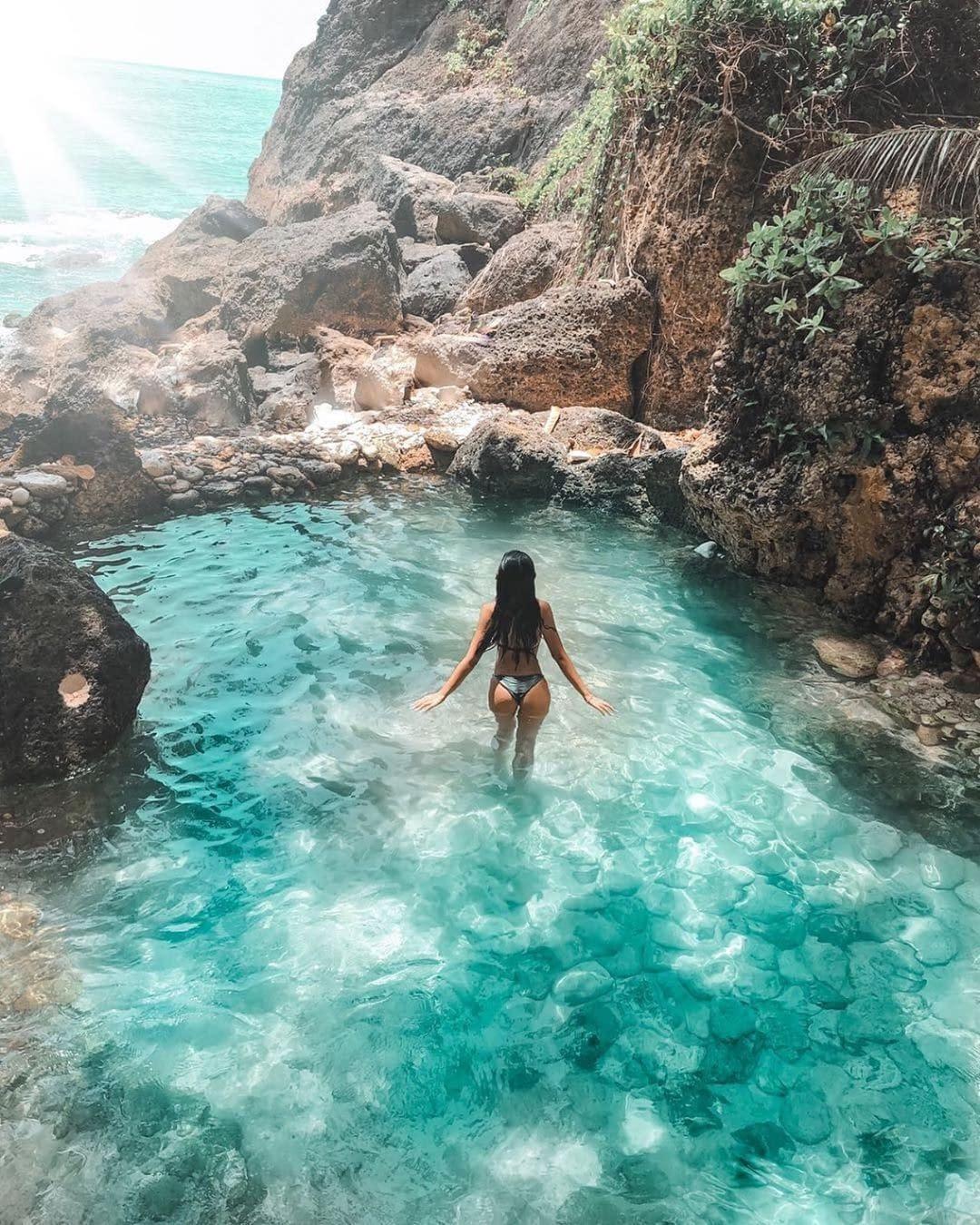 Tumbeling Beach 10 awesome things to do on nusa penida island  interesting destination vdiscovery arvinovoyage